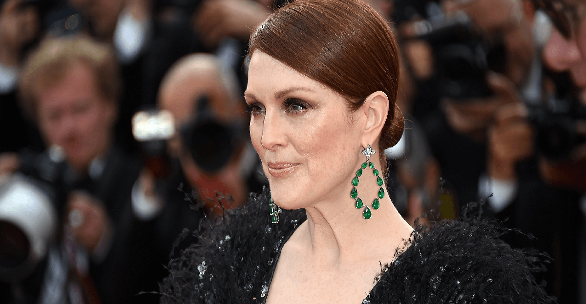 julianne-moore-cannesl-émeraudes